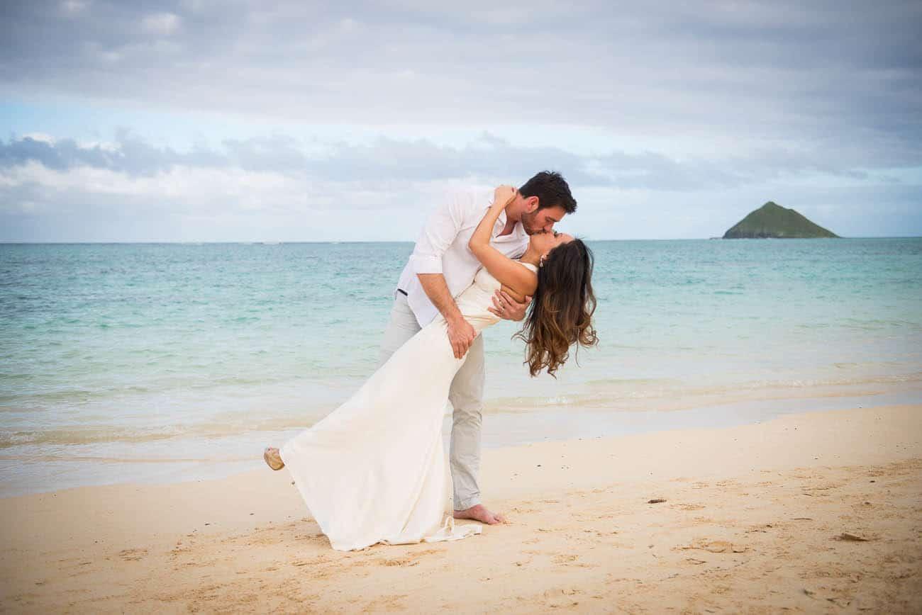 Wedding dip Hawaii beach