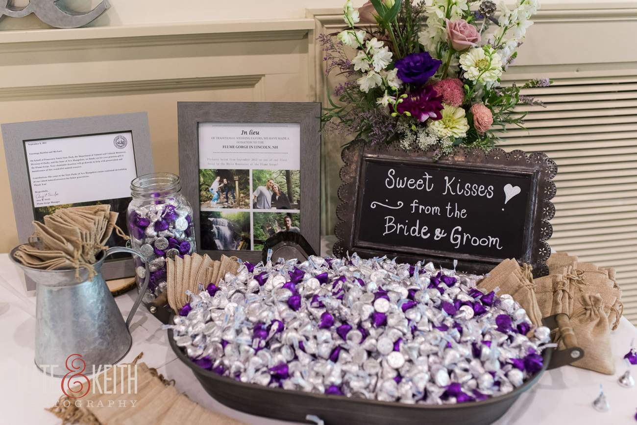 Hershey's Kisses wedding favors ideas