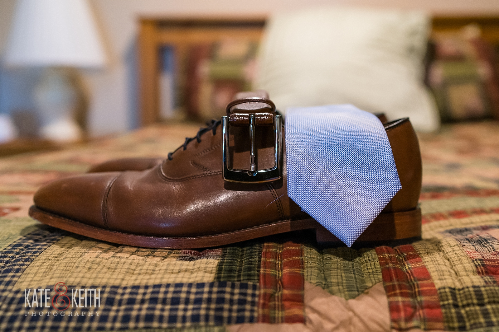 Groom shoe details