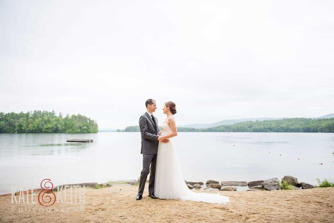 NH Lakeside first look wedding