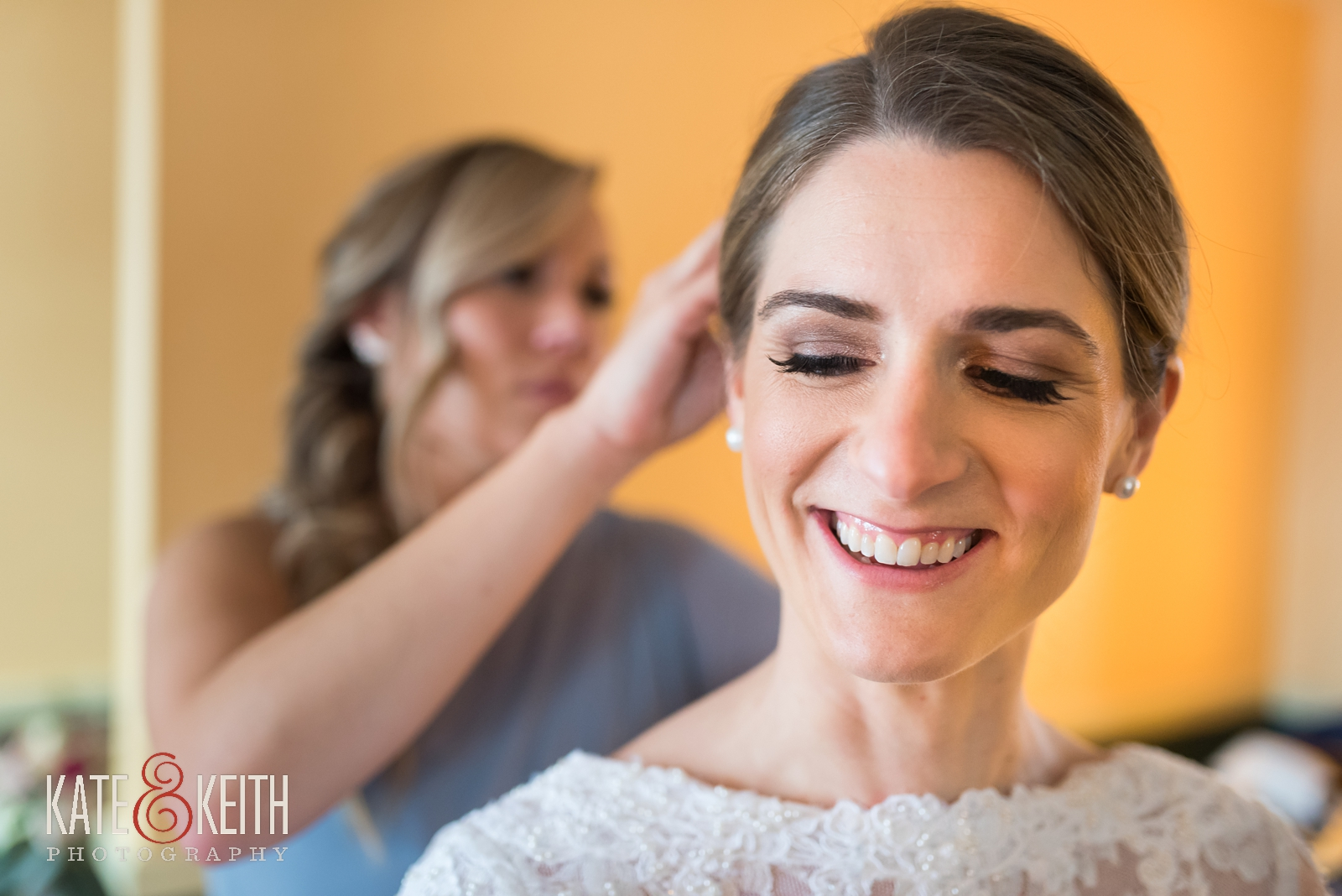 Barn on the Pemi, Your Dream Bridal shop, Winter New Hampshire wedding, Barn on the Pemi wedding, bride getting ready, bridesmaids, wedding hair